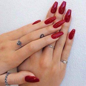deep red shellac nail colour