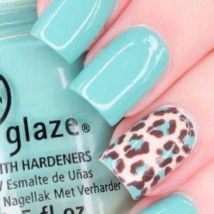 turquoise nail colour