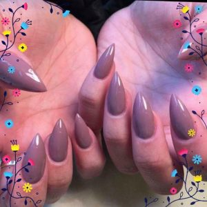 pointed long nails