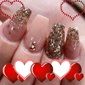 sparkling gel nail with deisgn